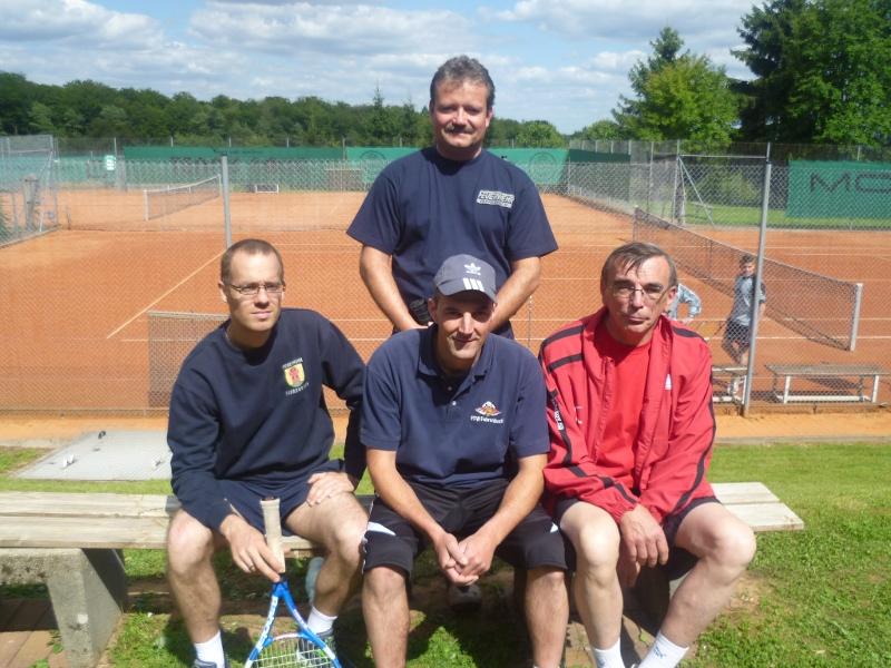 FFW nimmt an Tennis-Dorfturnier teil